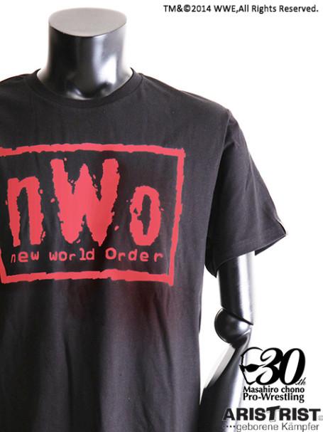 AT×WWE nWoTシャツ